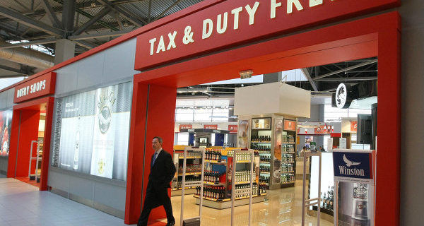 In the arrivals area of the Russian airport want to open the first Duty free