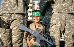 Almost the state: what are the politics and Economics of Islamic militants