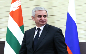 The head of Abkhazia has accused its predecessors of squandering aid from Russia