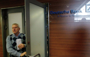 Deutsche Bank will reduce staff by 35 thousand