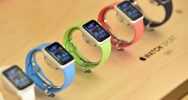 "Apple will begin selling ""smart watches"" in seven countries"