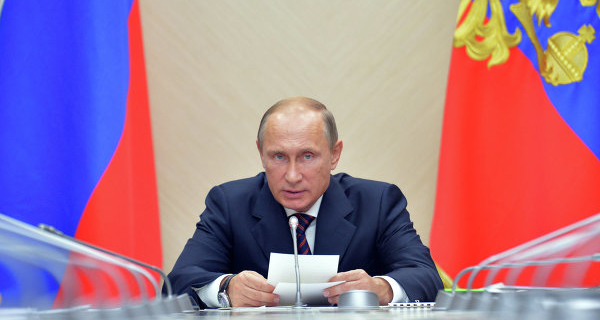 Peskov: Putin on Saturday to hold a meeting with members of the security Council