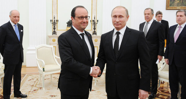 Fabius: Hollande discussed in Moscow the issue of lifting sanctions from Russia
