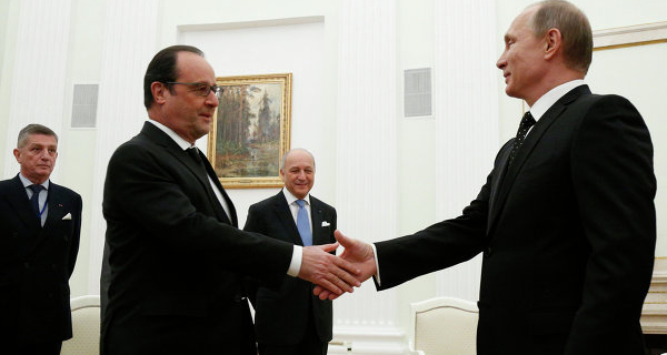 Putin talks with Hollande: they were held in a confidential manner
