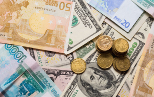 Weighted average dollar exchange rate grew by 28.4 penny