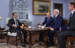 Medvedev: the cold war in the XXI century is impossible