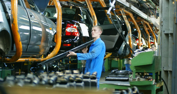 Mass layoffs at AVTOVAZ is not planned, said the Governor
