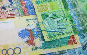 Kazakhstan tenge falls after the refusal of the national Bank on the support of the course