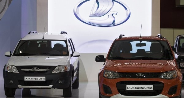 """AvtoVAZ"" wants to pay premiums every third employee"