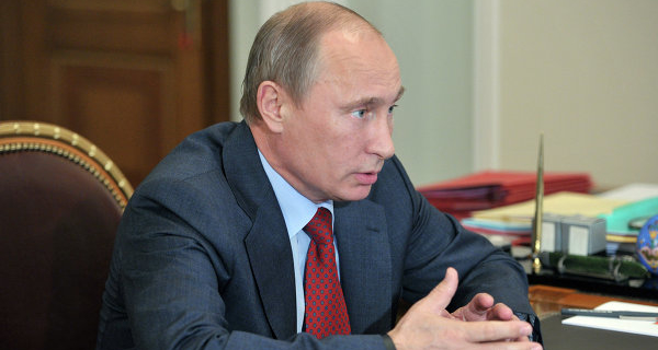 Putin signed the law on the scheme of one-mandatory constituencies