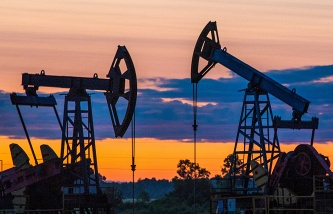 Experts: lower oil prices carry risks for the Russian economy if remain for a long time