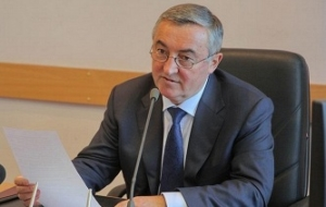The mayor of Veliky Novgorod is not going to leave the post, despite the threat of re-retirement