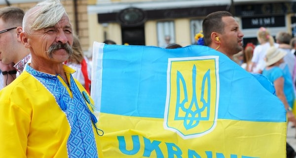 Economists: Kiev goes on the restructuring of debt to Russia