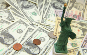 The dollar traded mixed on the decision of the U.S. Federal reserve at a rate of