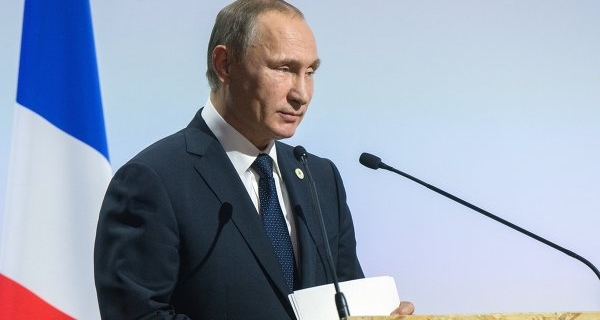 Putin: the situation in the Russian economy is complex, but positive trends have