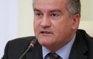 Aksenov: US sanctions will not affect Russian banks in Crimea