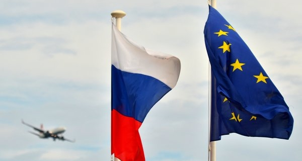 Political analysts see the shifts in the positions of the EU, despite the renewal of sanctions