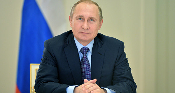 """Political analysts expect """"sensitive issues"""" at a press conference Putin"""