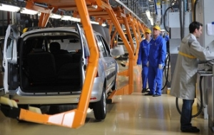 Car plants in Russia to extend the new year holidays on the background of decreasing demand