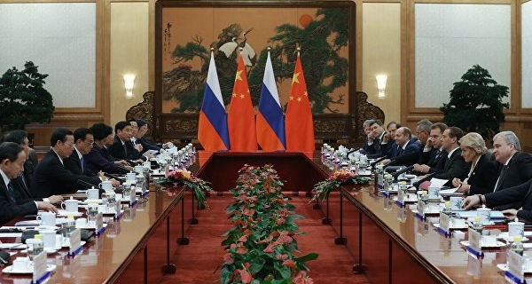 Medvedev: the youth exchange with China is a part of humanitarian cooperation