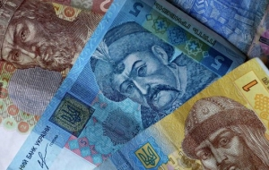 The hryvnia has entered the top 10 world leaders on devaluation