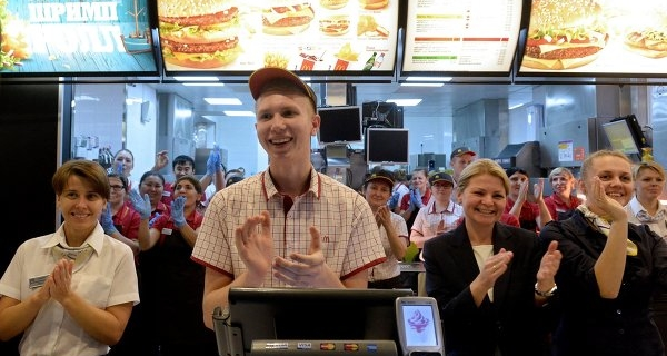 """McDonald's agrees with the """"Yugagroprom"""" on the supply of potatoes"""