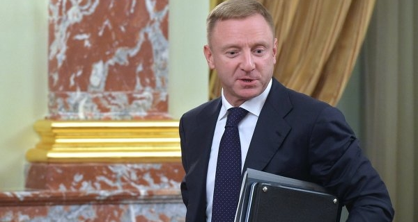 Livanov called unacceptable cuts in benefits for students in the regions