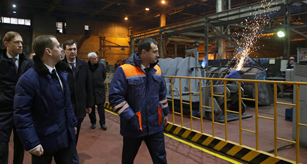 Medvedev believes the problem of import substitution can be resolved