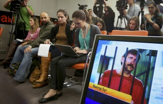 Viktor bout was allowed again to call the family and to use the prison shop