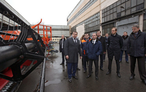Medvedev approved the program of support for transport engineering
