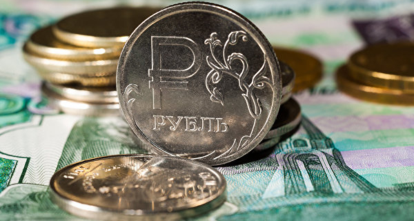 Ruble in the evening confidently corrected upwards