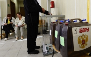 The Duma will consider on Friday a proposal to limit to two the number of observers at the polling stations