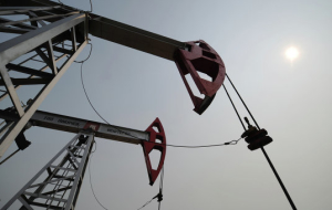 World oil prices continue to decline on the statistics from China