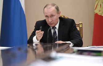 Putin proposed to introduce the oath to the officials and the penalty for its violation