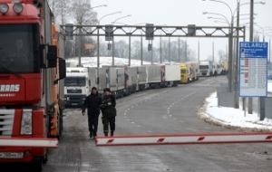 Border guard: the border of Latvia with Russia and Belarus there is a large queue of trucks
