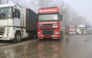 In Russia suspended the movement of more than 300 Ukrainian trucks