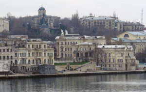 The legislative Assembly of Sevastopol Menyailo recommended to dissolve the government