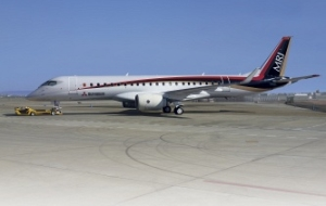 Mitsubishi has resumed test flights of liners MRJ