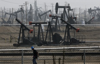 The price of Brent crude oil exceeded $35 per barrel