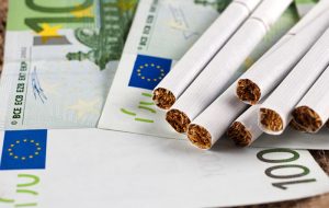 The loss of Greece from-for illegal cigarettes and vodka exceeded 1 billion euros