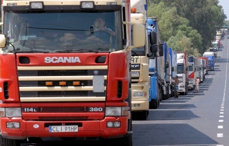 The Ministry of transport: Poland has demanded that Russia almost threefold increase quotas for trucking