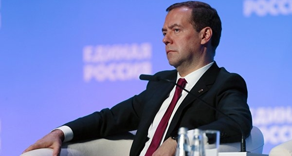"""Medvedev: wage arrears – the reason for """"serious clashes"""""""