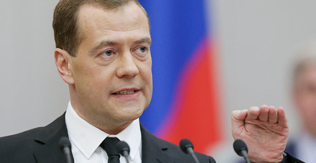 """Medvedev denied """"the disruption to shreds"""" the Russian economy"""