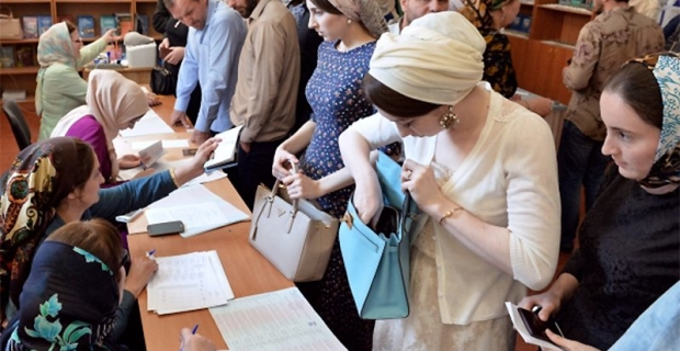 Burn or vote: how did the most massive primaries in Russia