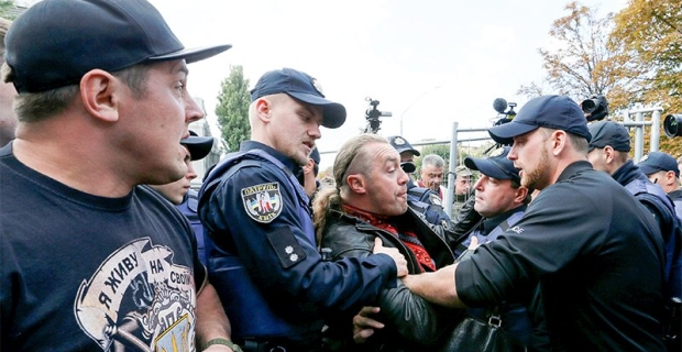 In Kiev and Odessa there were clashes when you try to block the vote