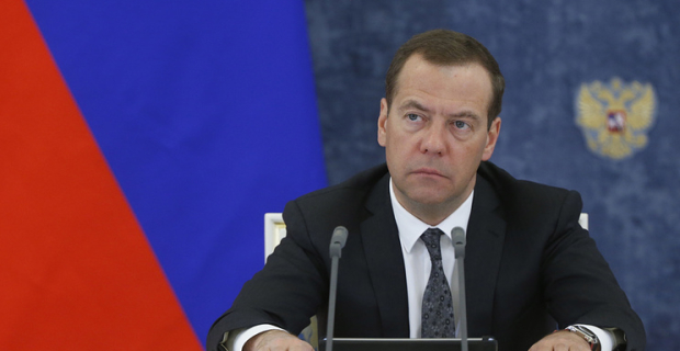 Medvedev: the minimum wage should be equivalent to the subsistence minimum in the next 2 years