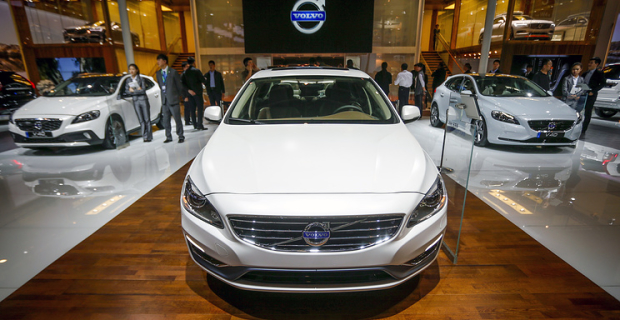 Volvo moves to electric cars