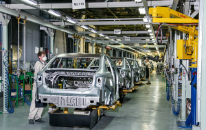 "More than 200 people, plans to lay off with the ""AVTOVAZ"" in the coming months"